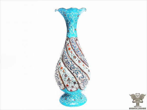 The Specifications of Iranian enamel vases